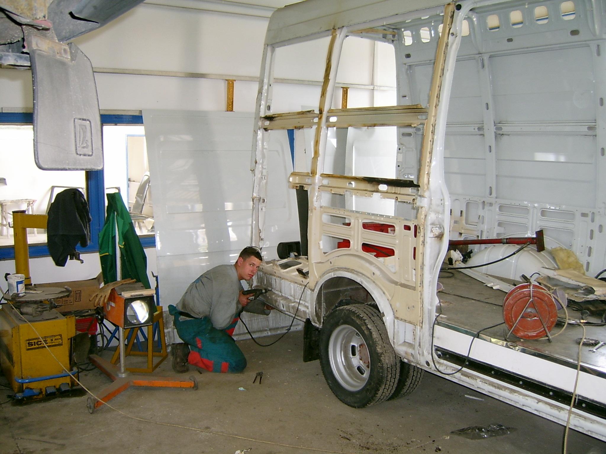 Teljes körű autójavítás kedvező áron? Lehetséges!