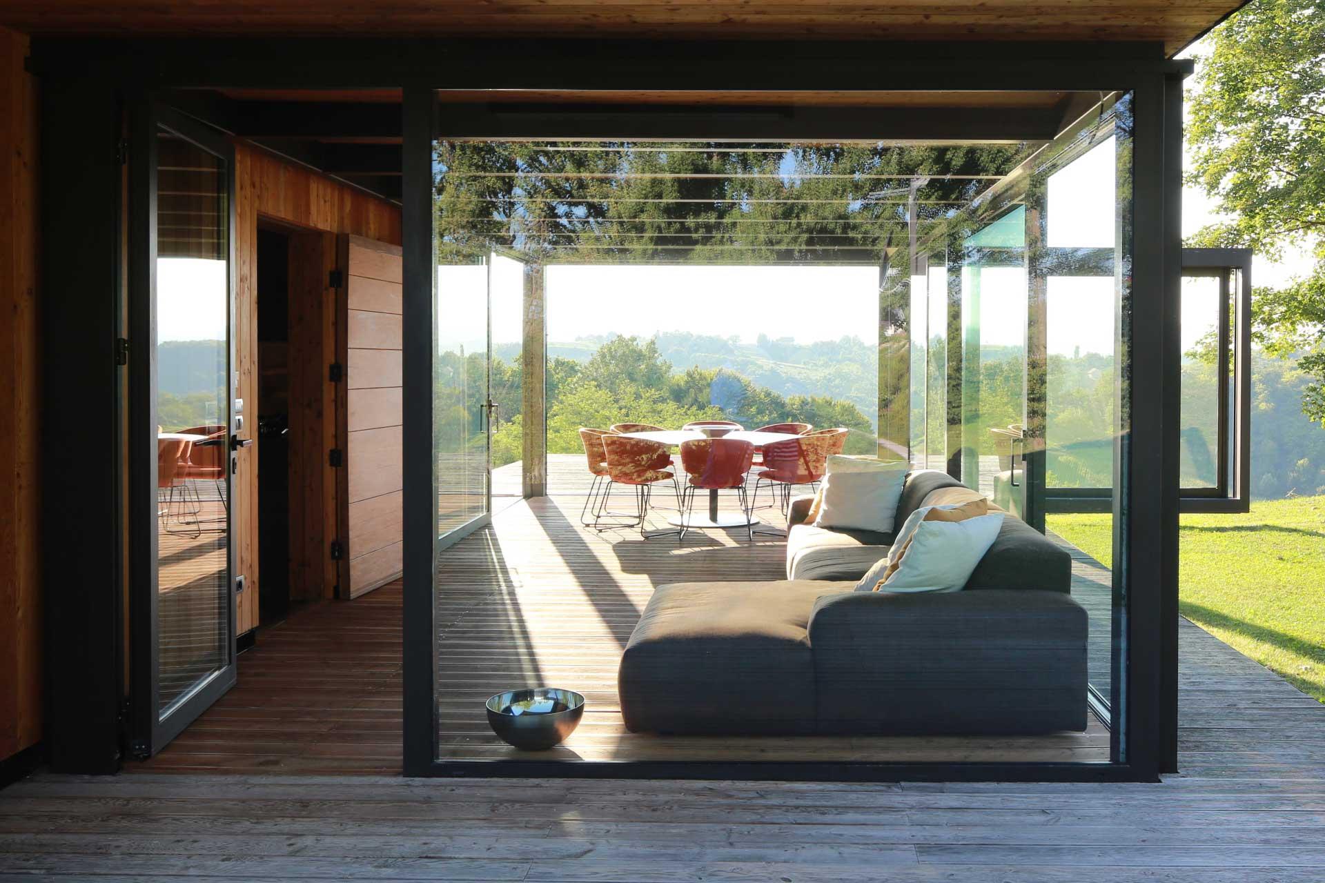 Kiváló formatervezésű és funkcionalitású műanyag ablakokat vásárolhat