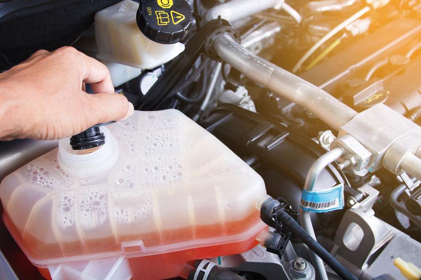 Elérhető áron vásárolhat minőségi szervóolajokat