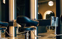 Természetes anyagok felhasználásával végzett alapos, precíz bio hajfestés