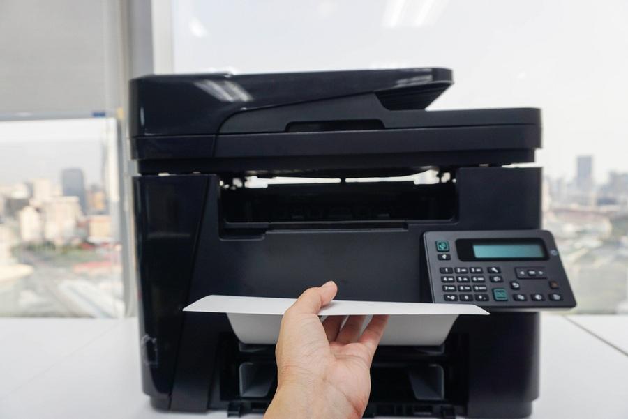 A nyomtatók és monitorok doktora