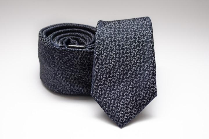 Elegancia és magabiztosság nyakkendővel