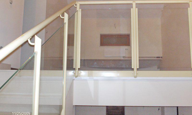 Dobja fel irodáját építészeti üveggel!