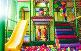 Csodálatos beltéri játszóházat építünk a gyermekeknek!