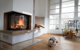 Otthonosabb nappali egyedi kandallóval