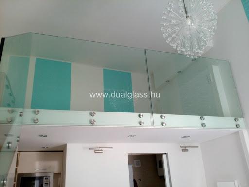 Korszerű belsőépítészeti üvegmegoldások